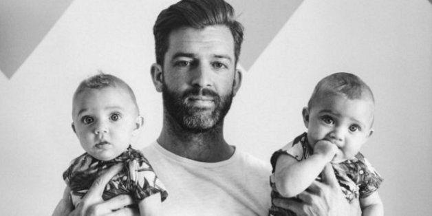 Les photos de ce père de quatre filles qui refuse d'édulcorer la parentalité sont