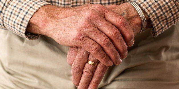 Personnes âgées: 9 milliards de centimes pour la restauration des centres d'accueil à