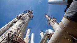 Le pétrole en retrait, la Russie efface les espoirs d'accord la semaine