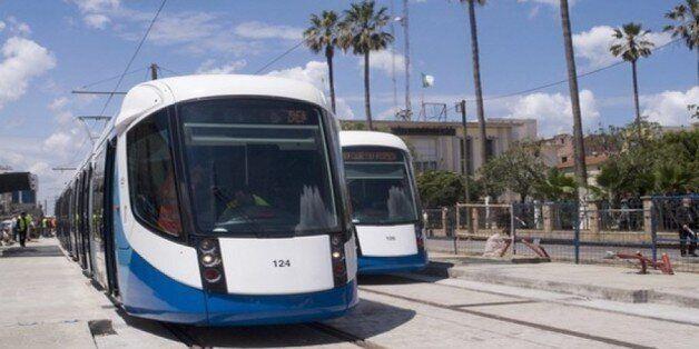 Grève des employés du tramway: des solutions d'urgence et des négociations en