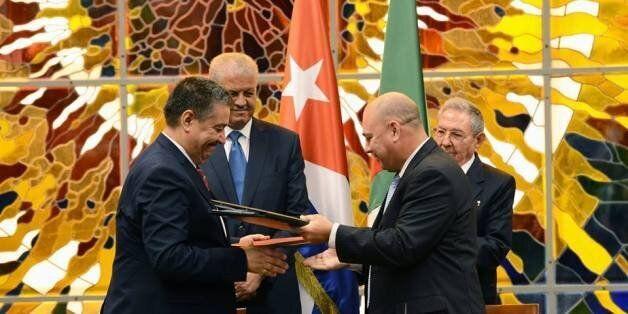 Alger et La Havane signent huit conventions sur la santé et l'enseignement
