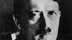 La première biographie d'Hitler aurait été écrite par