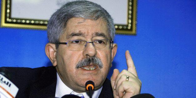 Ahmed Ouyahia,durant sa conférence de presse au siège du RND à Alger, le 8 Octobre