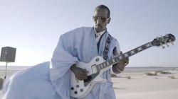 A la rencontre du guitariste Doueh, le Jimi Hendrix du Sahara