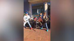 Ces gamins qui jouent du Metallica dans la rue ont été félicités... par