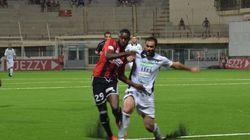 Ligue 1: l'USMA seule aux