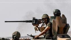Syrie: l'armée turque combat les Kurdes, essuie sa première