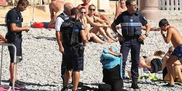 Français: Aujourd'hui, vous avez blessé des millions de