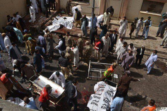 Pakistan : 70 morts dans un attentat revendiqué par l'EI et les