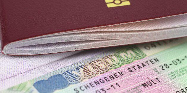 41 des 71 passeports dérobés avaient déjà reçu le visa néerlandais permettant aussi de circuler dans...