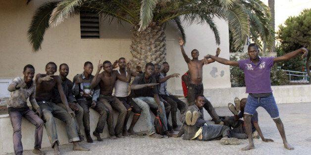 40 migrants franchissent la frontière de