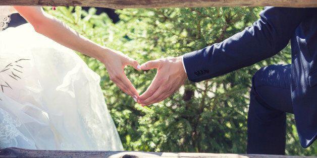 Malgré l'opposition de la société et parfois de la famille, les couples mixtes