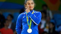 La médaille d'or de cette judoka est