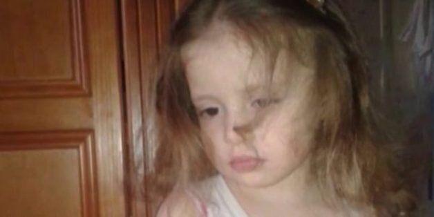 Oran: la dépouille de la petite Nihal déposée au domicile