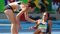 Ces coureuses des JO offrent un beau moment de solidarité à