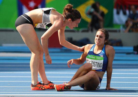Olympiades: Les coureuses Abbey D'Agostino et Nikki Hamblin offrent un beau moment de solidarité à