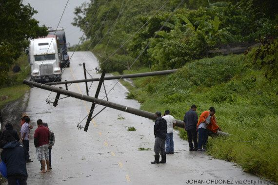 Tempête Earl au Mexique : au moins 40 morts dans les glissements de