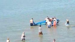 Des baigneurs sauvent un pilote de son avion écrasé sur la