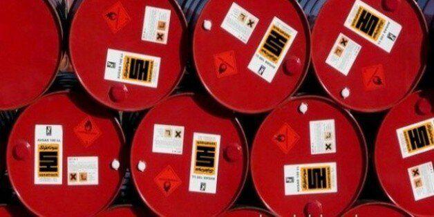 La rechute du pétrole pollue l'été du gouvernement et menace