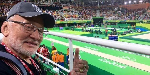Buzz Aldrin s'amuse comme un petit fou aux Jeux olympiques de