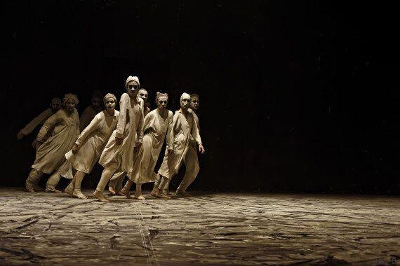 Festival International de Hammamet, le spectacle de danse May B: Quand la danse rencontre