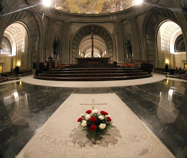 Vista del interior de la basílica del Valle de los Caídos, lugar donde está enterrado...