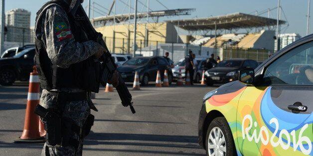 À huit jours des Jeux olympiques au Brésil, un homme lié à Daech a été arrêté à