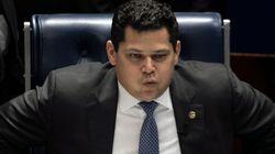 Congresso desafia Bolsonaro e derruba vetos da lei de abuso de