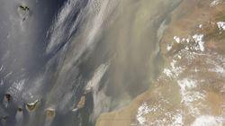 Un satellite de la NASA capture le sable du Sahara qui s'envole jusqu'aux