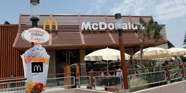 McDonald's ouvre ses deux premiers restaurants d'autoroutes au