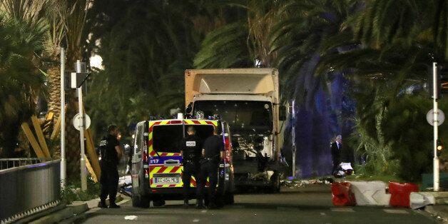 Attentat de Nice: comment le chauffeur a pu entrer dans une zone