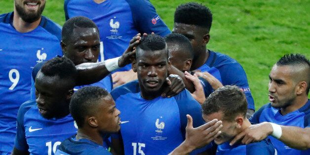 Paul Pogba (15), buteur avec l'Equipe de France en quart de finale de l'Euro contre l'Islande, le 3