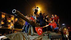 Turquie: putsch déjoué, joie des partisans d'Erdogan à