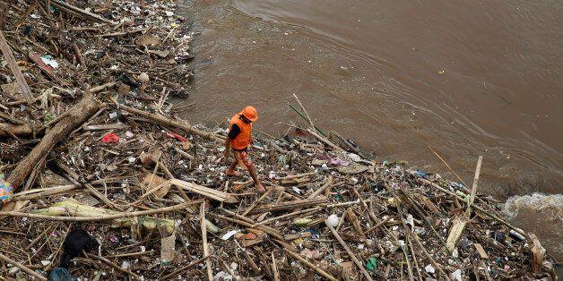 En Indonésie, les inondations font 24
