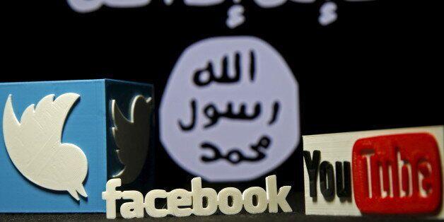 Les conseils de chercheurs qui ont traqué les soutiens de l'Etat islamique sur