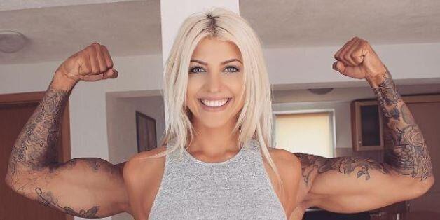 Une bodybuildeuse? Non, un joli trompe