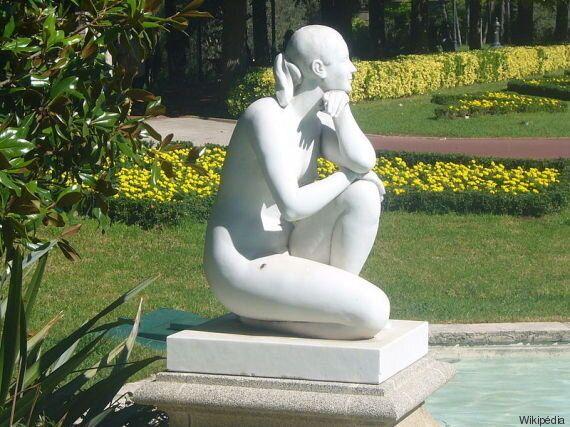 L'oeuvre d'une grande sculptrice espagnole délaissée en plein centre-ville de