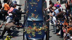Gong final pour Mohamed Ali, sous les fleurs et dans la