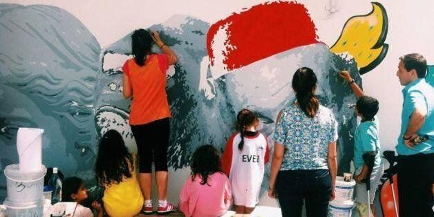 A l'école primaire Georges Brassens de Megrine, cinq artistes ont envahi les murs avec leurs pinceaux