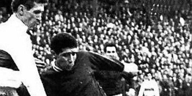 31 mai 1994: assassinat de Salah Djebaïli, footballeur, brillant scientifique et