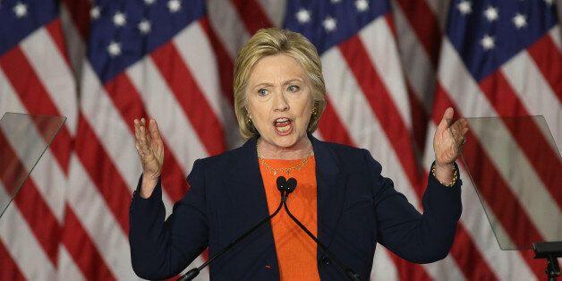 Comment la campagne d'Hillary Clinton peut elle aussi rebondir après la tuerie