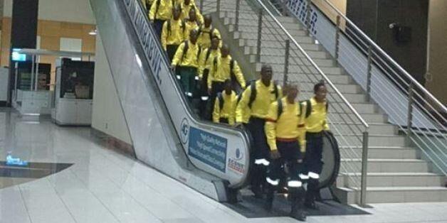 Des pompiers sud-africains viennent aider le Canada face aux incendies de Fort