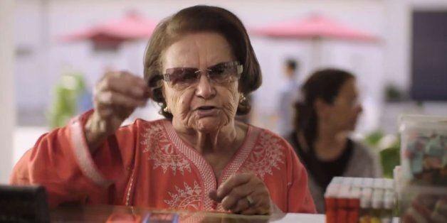 Mama Essia, la mamie qui fait le buzz sur les réseaux sociaux grâce à une
