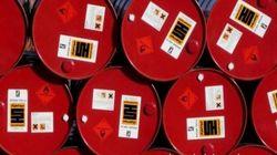 En forme, le pétrole passe le cap des 50