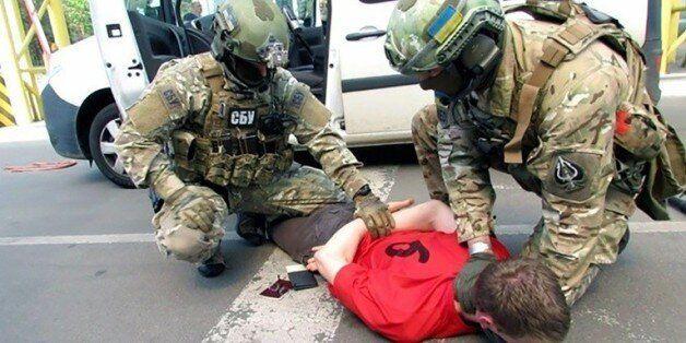 Photo tirée d'une vidéo mise en ligne le 6 juin 2016 par les services de sécurité ukrainiens (SBU) montrant...