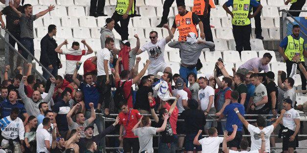 VIDÉO. Euro 2016: les images des bousculades dans le stade Vélodrome après Angleterre -