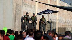 Territoires palestiniens: l'occupation boucle la Cisjordanie et Ghaza, bloque l'accès à la mosquée