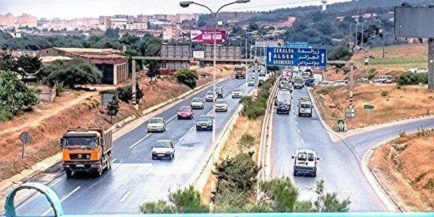 18 morts et 32 blessés dans plusieurs accidents de la route ce