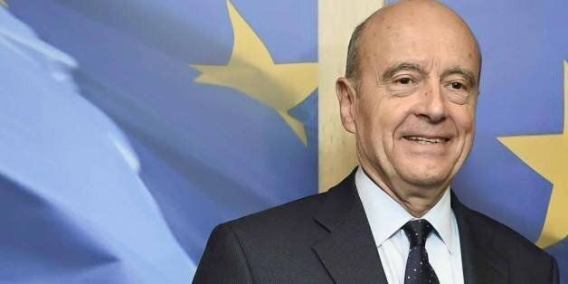 Pour sa campagne, l'homme politique français Alain Juppé en déplacement au