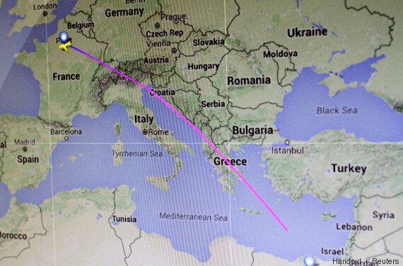 Un vol EgyptAir entre Paris et Le Caire disparaît des